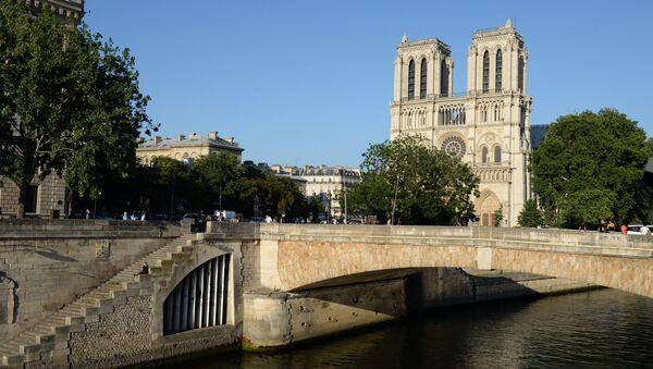 La Cattedrale di Notre-Dame, Parigi - Sputnik Italia