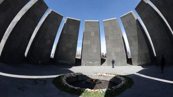 Tsitsernakaberd, il monumento in memoria delle vittime del genocidio armeno a Yerevan - Sputnik Italia