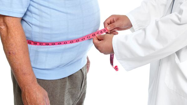 Medico con paziende in sovrappeso - Sputnik Italia
