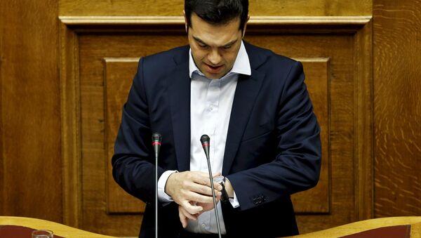Primo ministro greco Alexis Tsipras durante la sessione parlamentaria ad Atene, Grecia, il 28 Giugno, 2015 - Sputnik Italia