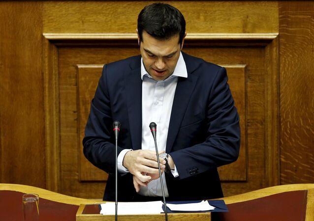 Primo ministro greco Alexis Tsipras durante la sessione parlamentaria ad Atene, Grecia, il 28 Giugno, 2015