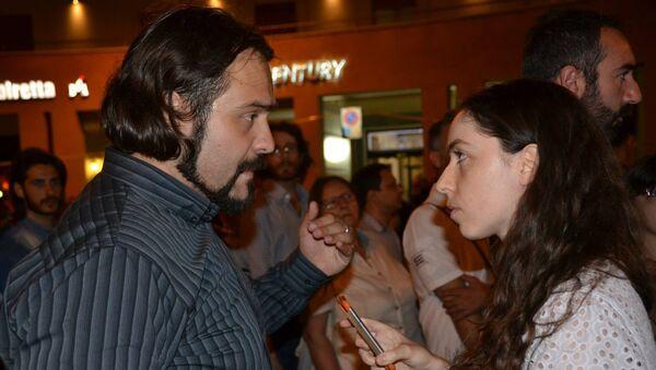 Fabio Massimo Castaldo intervistato da Tatiana Santi - Sputnik Italia