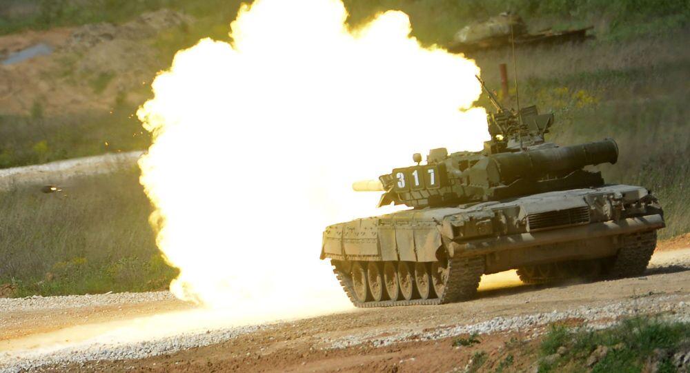 Carro armato T-80 (foto d'archivio)
