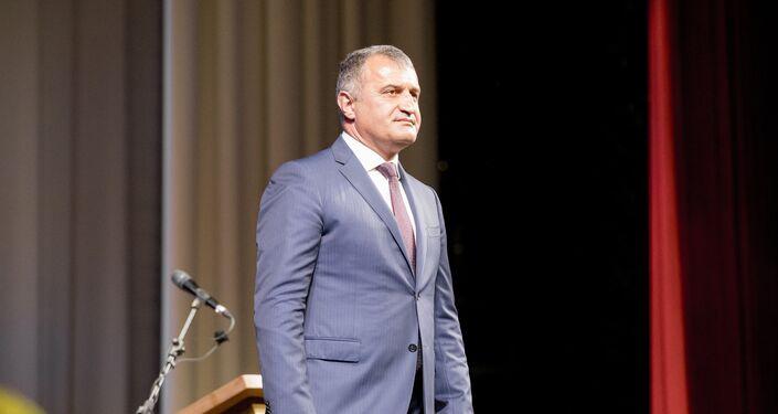 Il presidente dell'Ossezia del Sud, Anatoliy Bibilov