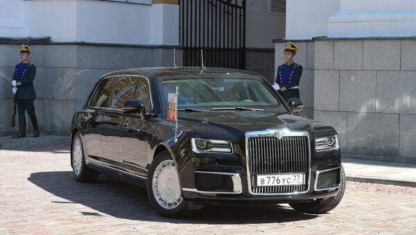 La limousine Aurus del presidente russo - Sputnik Italia