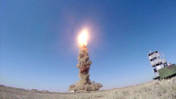 Пуск модернизированной противоракеты российской системы ПРО на полигоне Сары-Шаган - Sputnik Italia