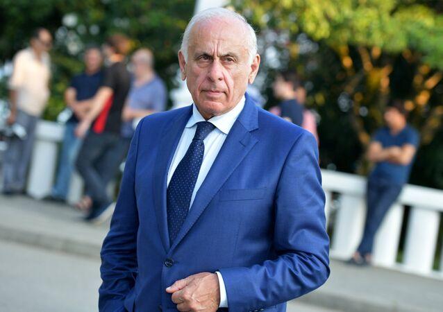 Il Premier dell'Abcasia Gennady Gagulia