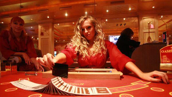 Il tavolo di una sala da gioco - Sputnik Italia