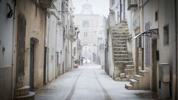 Le vie di Sammichele di Bari sotto la neve - Sputnik Italia