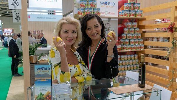 Uno degli stand del padiglione italiano a World Food 2018 di Mosca - Sputnik Italia