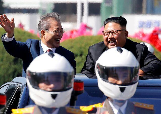 Leader delle due Coree (foto d'archivio)