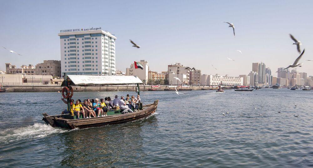 Navigazione turistica a Dubai, EAU