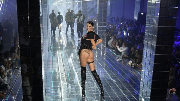 La sfilata di moda Philipp Plein, Milano. - Sputnik Italia