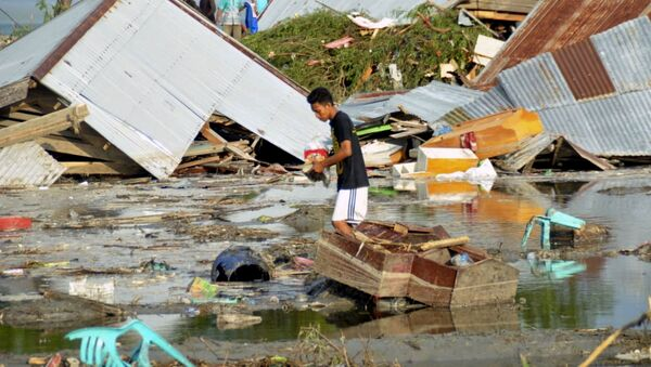 Tsunami nell'isola Sulawesi, Indonesia - Sputnik Italia