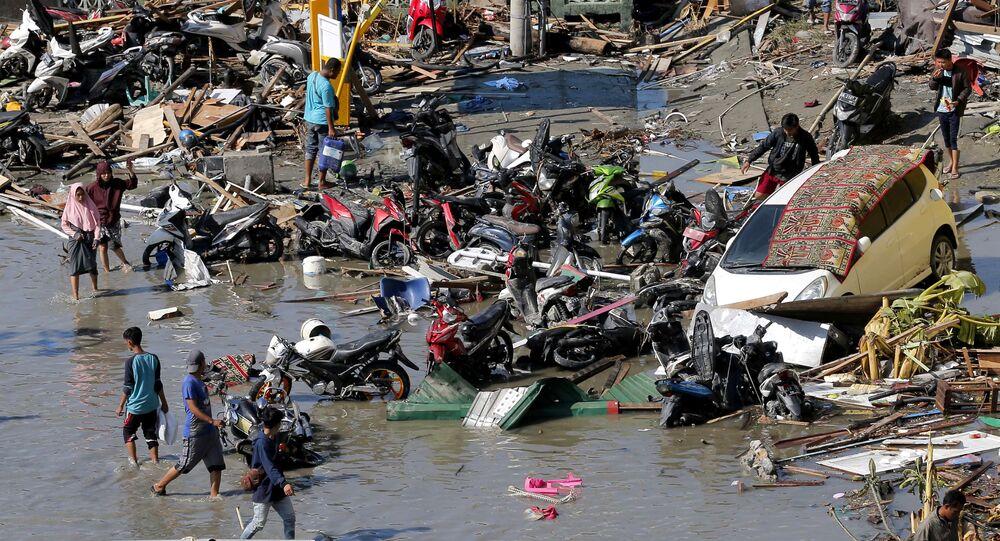 Il grave terremoto in Indonesia