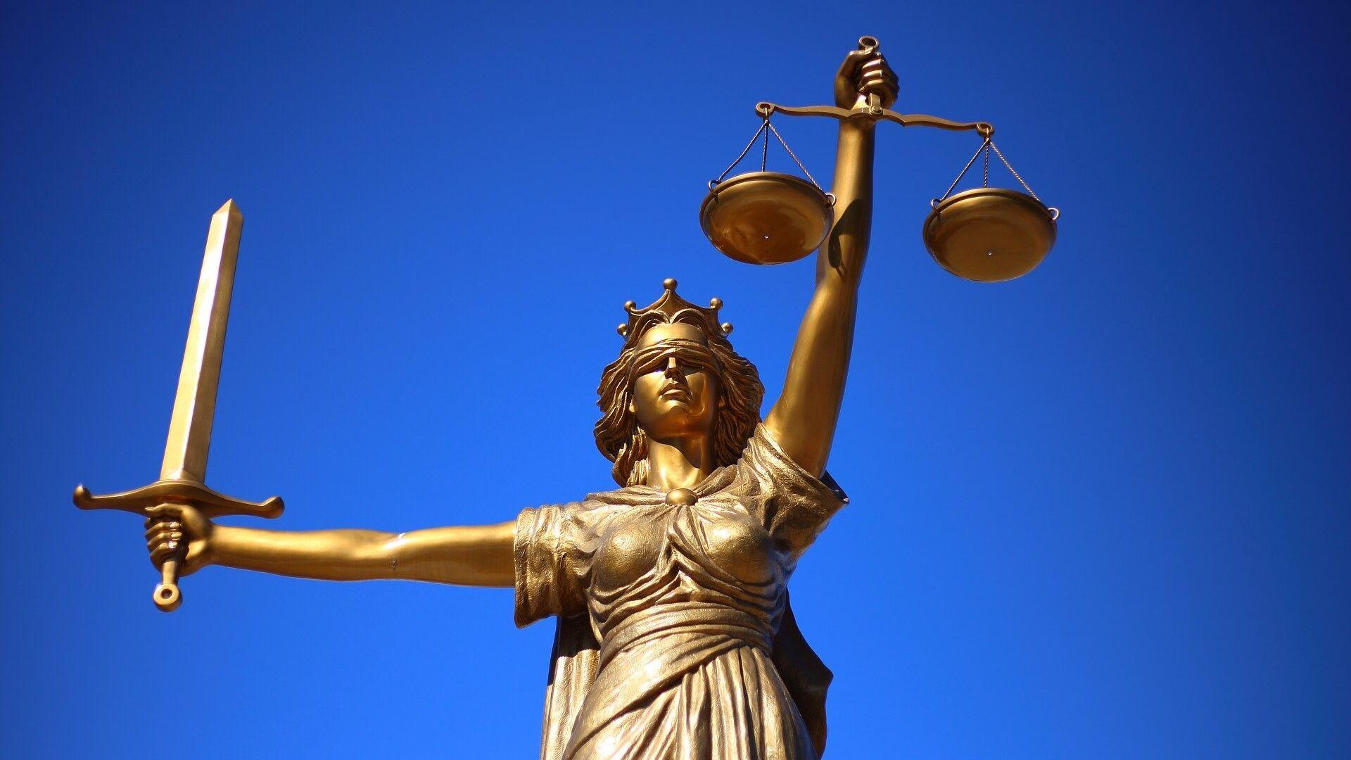 Statua raffigurante la giustizia - Sputnik Italia, 1920, 04.08.2021