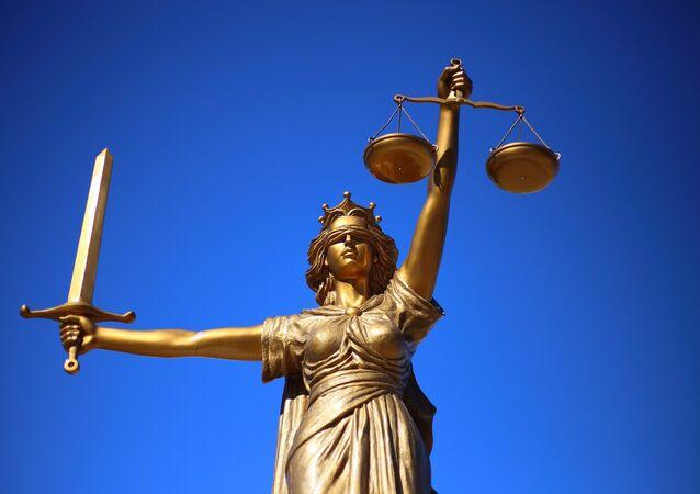 Statua raffigurante la giustizia