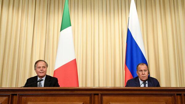 La conferenza stampa di Lavrov e Moavero Milanesi - Sputnik Italia