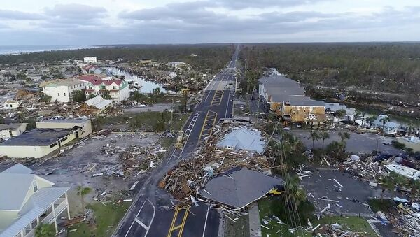 In this image made from video and provided by SevereStudios.com, damage from Hurricane Michael is seen in Mexico Beach, Fla. on Thursday, Oct. 11, 2018. Search-and-rescue teams fanned out across the Florida Panhandle to reach trapped people in Michael's wake Thursday as daylight yielded scenes of rows upon rows of houses smashed to pieces by the third-most powerful hurricane on record to hit the continental U.S. - Sputnik Italia
