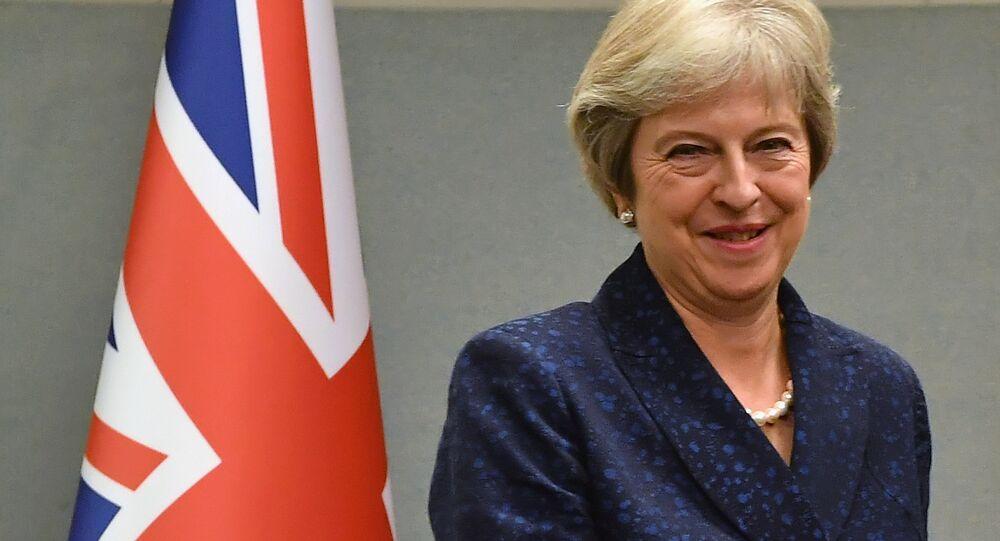 Theresa May (foto d'archivio)