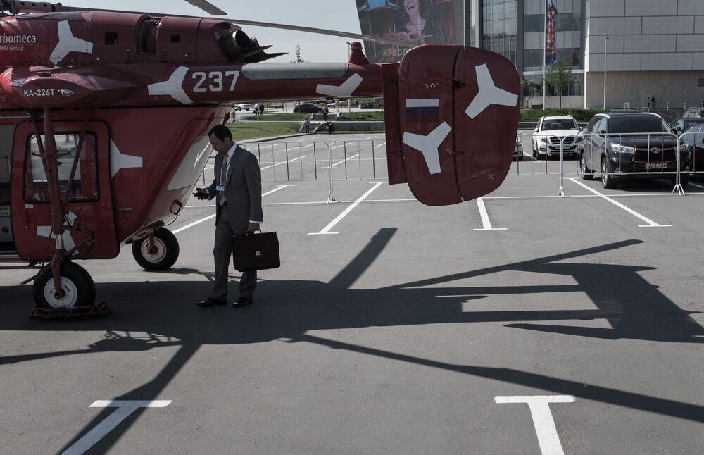 L'elicottero KA-226T alla VIII Mostra Internazionale degli Elicotteri HeliRussia 2015 a Mosca.