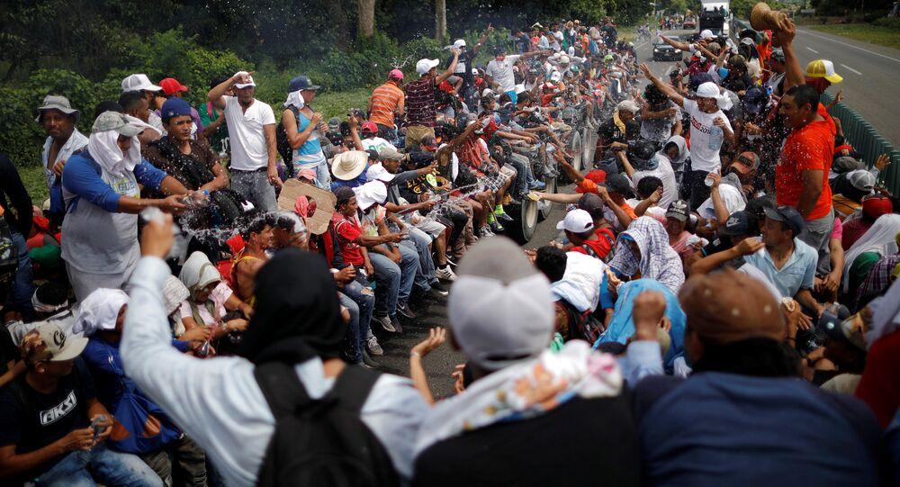 Migranti centroamericani in direzione degli Stati Uniti