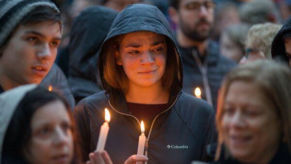 Vigil for Victims of Pittsburgh Synagogue - Sputnik Italia