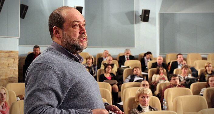 Alexey Pankin, commentatore politico del giornale Komsomolskaya Pravda e membro del Club Zinoviev dell'agenzia russa di stampa internazionale Rossiya Segodnya
