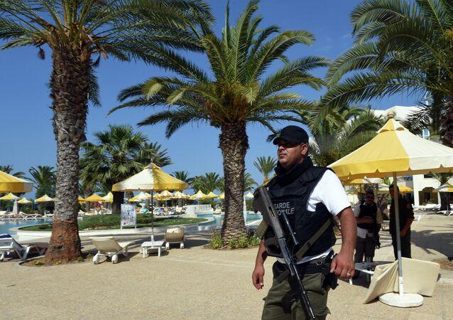 Di ieri la notizia dell'arresto di 12 persone, coinvolte a vario titolo nella strage. sulla spiaggia di Sousse