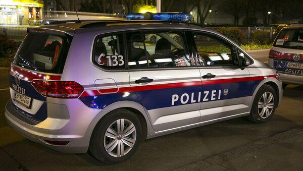 Vienna, police vehicle - Sputnik Italia