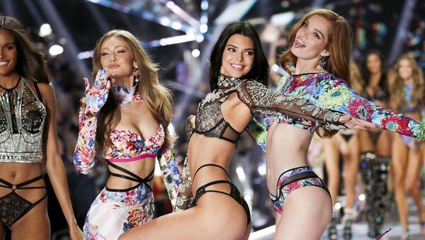 Il fashion show annuale Victoria's Secret, New York. - Sputnik Italia