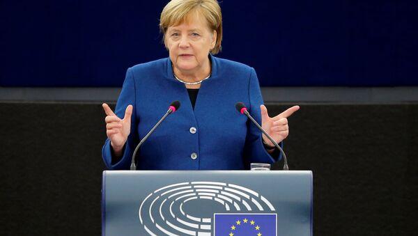 German Chancellor Angela Merkel addresses the European Parliament during a debate on the future of Europe, at the European Parliament in Strasbourg, France, November 13, 2018 - Sputnik Italia