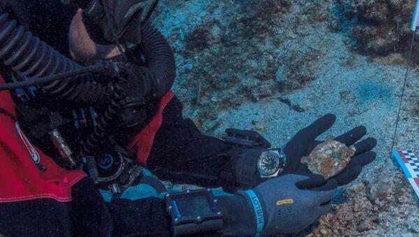 """Sul fondo del mare trovato un dettaglio di un """"computer"""" di oltre 2mila anni fa - Sputnik Italia"""