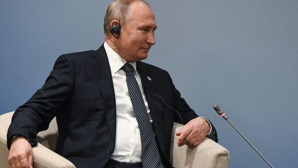 Vladimir Putin a Singapore - Sputnik Italia