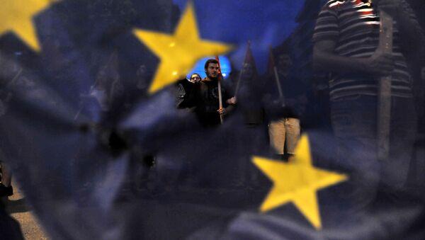 I greci protestano durante una marcia contro l'Unione Europea a Salonicco. - Sputnik Italia