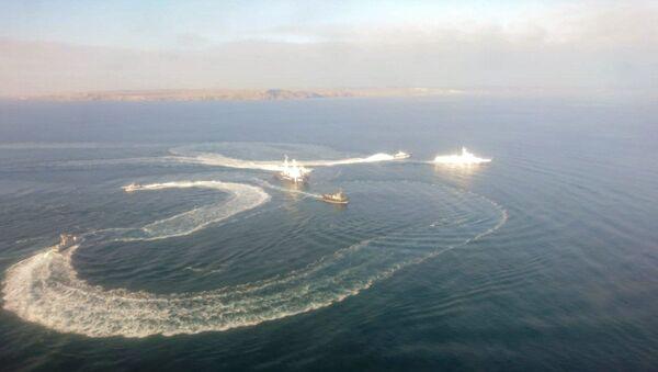 Tre navi della Marina ucraina hanno attraversato il confine russo - Sputnik Italia