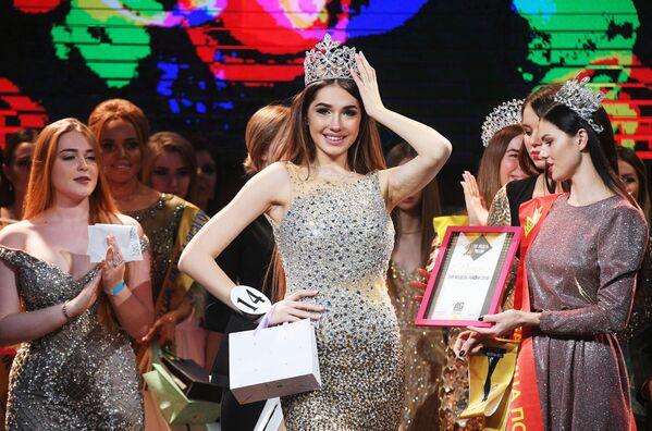 Alina Rudakova, la vincitrice del concorso La Top Model della Russia 2018, Mosca. - Sputnik Italia