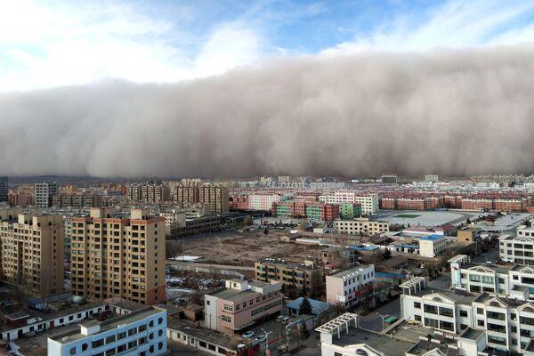 Una tempesta di sabbia a Zhangye, Cina. - Sputnik Italia