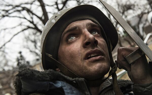 Behind Kiev's barricades - Giorgio Bianchi - Sputnik Italia