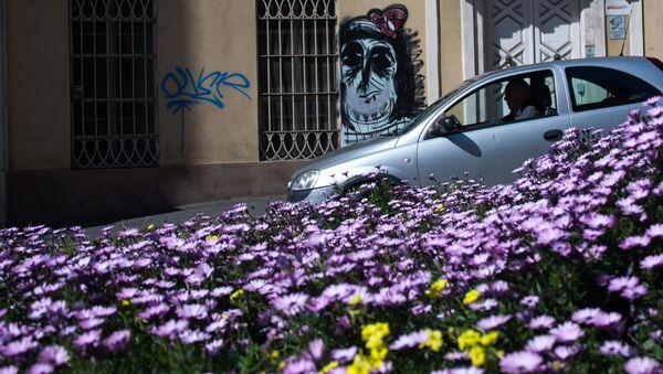 Un auto euro2 in una via di Cagliari - Sputnik Italia