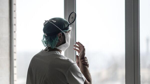 Dottore in ospedale - Sputnik Italia
