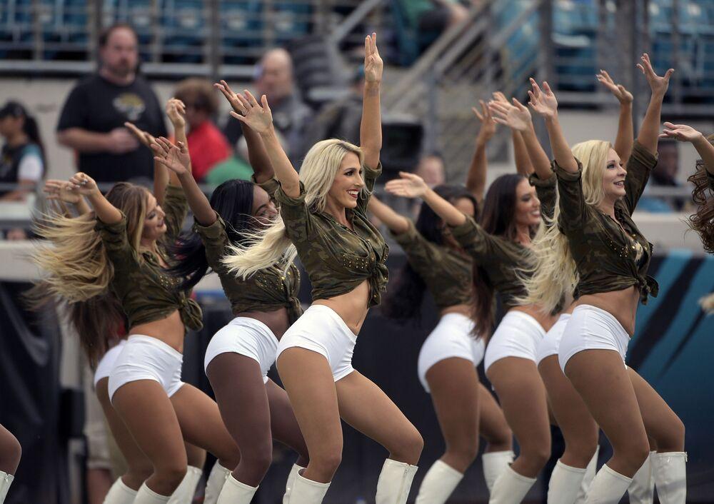 I cheerleader della squadra di football americano Jacksonville Jaguars.