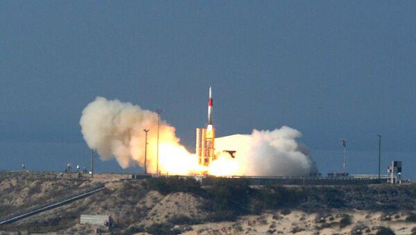 Missile Arrow 3 - Sputnik Italia