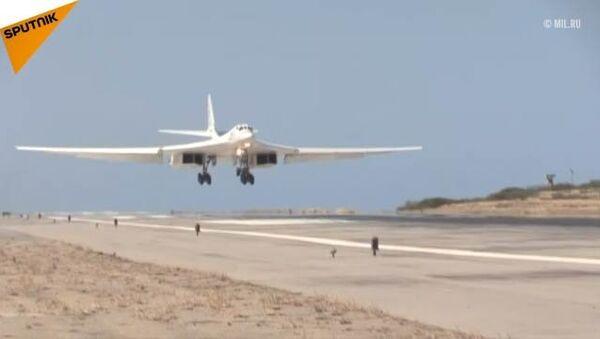 Due TU-160 atterrano in Venezuela - Sputnik Italia