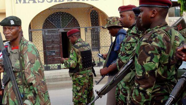 Agenti della polizia in Kenya - Sputnik Italia