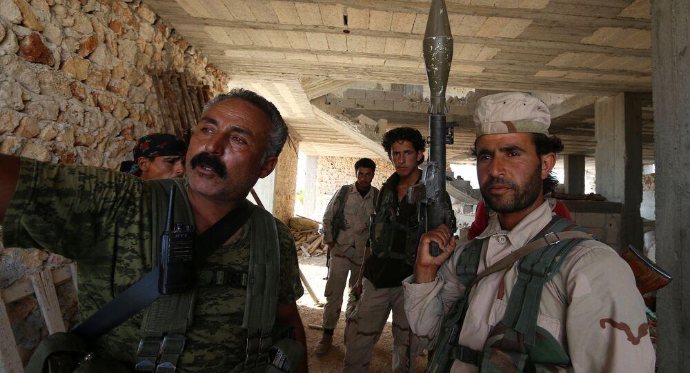 Curdi a Manbij