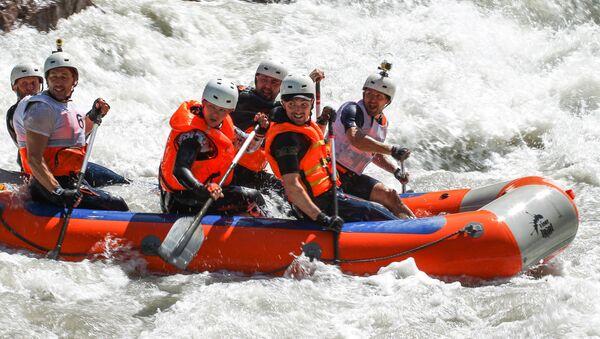 Coppa di Russia di rafting in Adighezia - Sputnik Italia