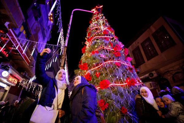 I 20 alberi di Natale più belli del mondo - Sputnik Italia