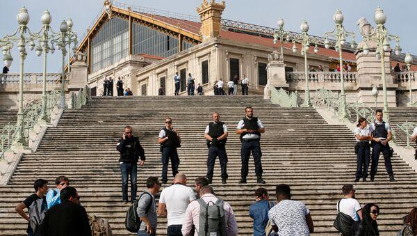 Polizia a Marsiglia (foto d'archivio) - Sputnik Italia