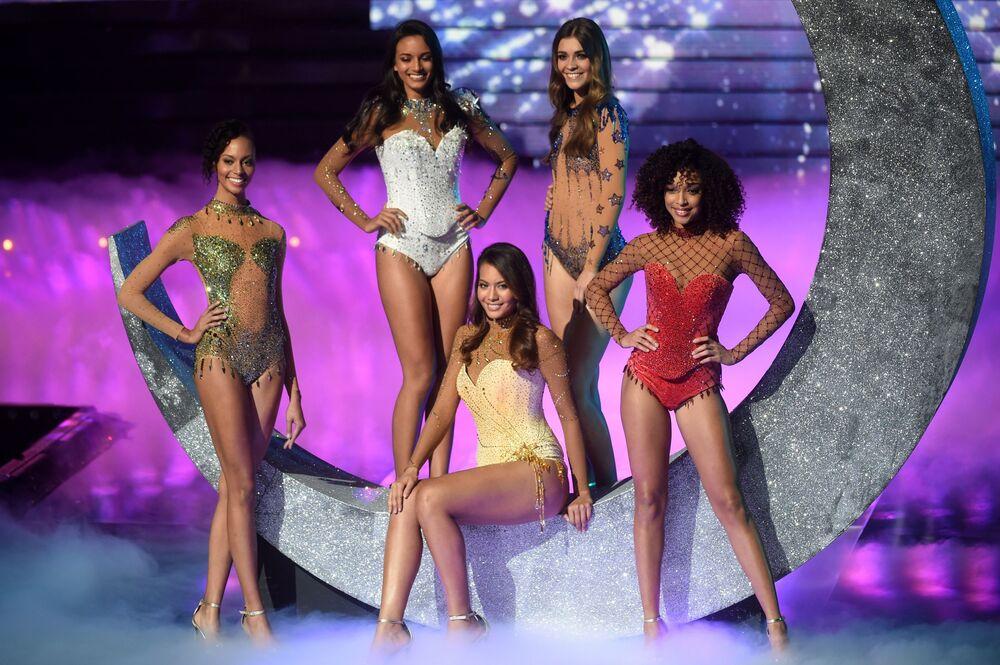 Le finaliste del concorso di bellezza Miss Francia 2019 a Lille.